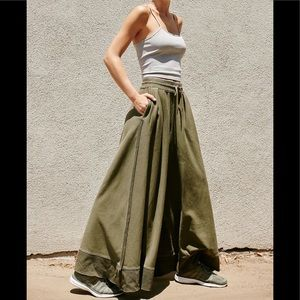FREE PEOPLE ROCCO WIDE LEG FLARE PANTS M ARMY